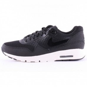 Tenisky Nike Air Max 1 Ultra Essentials Black White