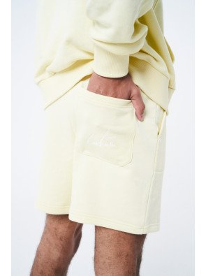 RELAXED FIT TRAVEL SHORT