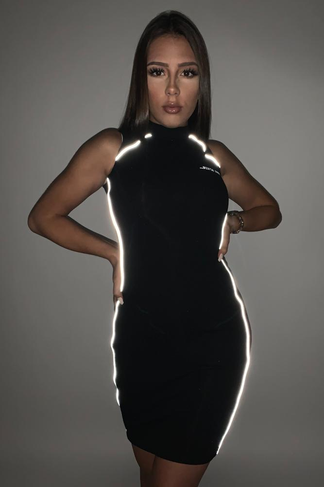 DRESS WITH REFLECTIVE PIPING S