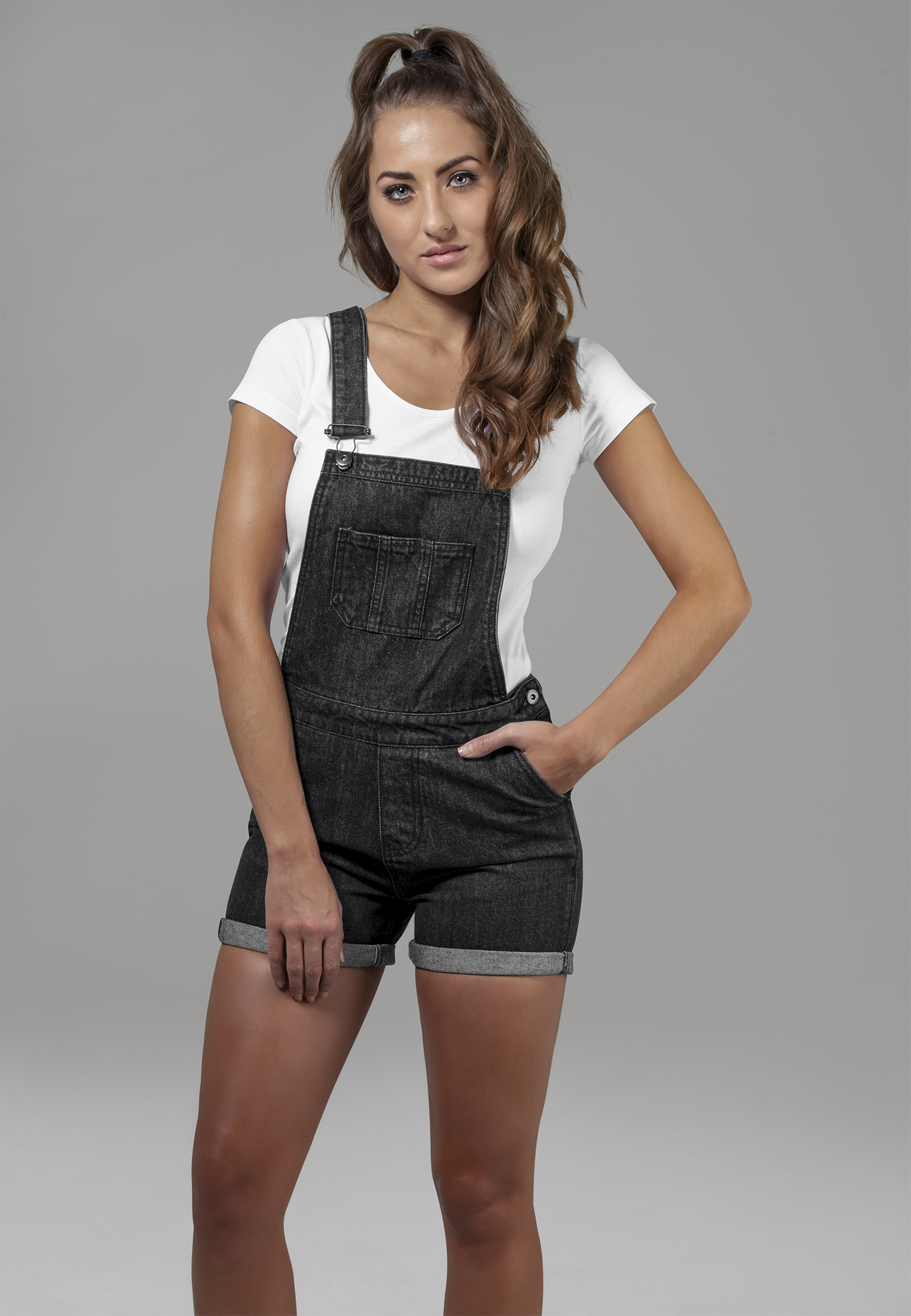 Kraťasy Urban Classics Dungaree Black Washed XS